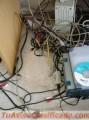 ¡ ¡ ¡ Los cables están un desastre ! ! !